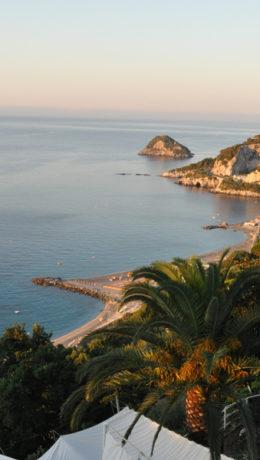 Utsikt fra hotell Claudio ut over Genovabukten Foto: Elsa Grimsmo