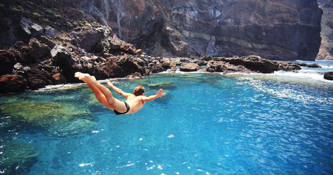 Saltando al agua. Tenerife.