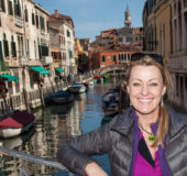 Populært med Nina Eirin Rangøys foto-work shop i Venezia, mens Venezianerne selv synes turisttrafikken tar overhånd.