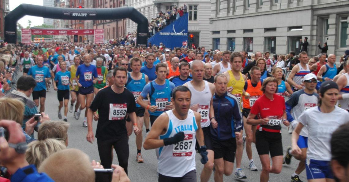"""Copenhagen Marathon 2008"" by Kristian Mollenborg from Vanlose - Copenhagen, Denmark - Copenhagen Marathon 2008. Licensed under CC BY 2.0 via Wikimedia Commons - http://commons.wikimedia.org/wiki/File:Copenhagen_Marathon_2008.jpg#/media/File:Copenhagen_Marathon_2008.jpg"