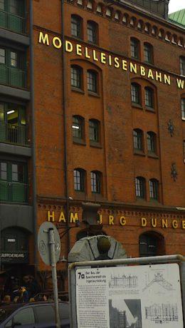 Hamburg En lagerbygning som huser et eventyr