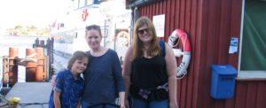 Guro og Ellen tar gjerne en Strømstad-tur hvert år.