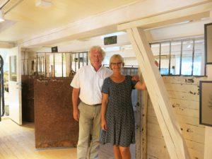LÅVEN:Daglig leder Stig Fossum og styreleder Randi Eek Thorsen er stolte av Glasslåven.