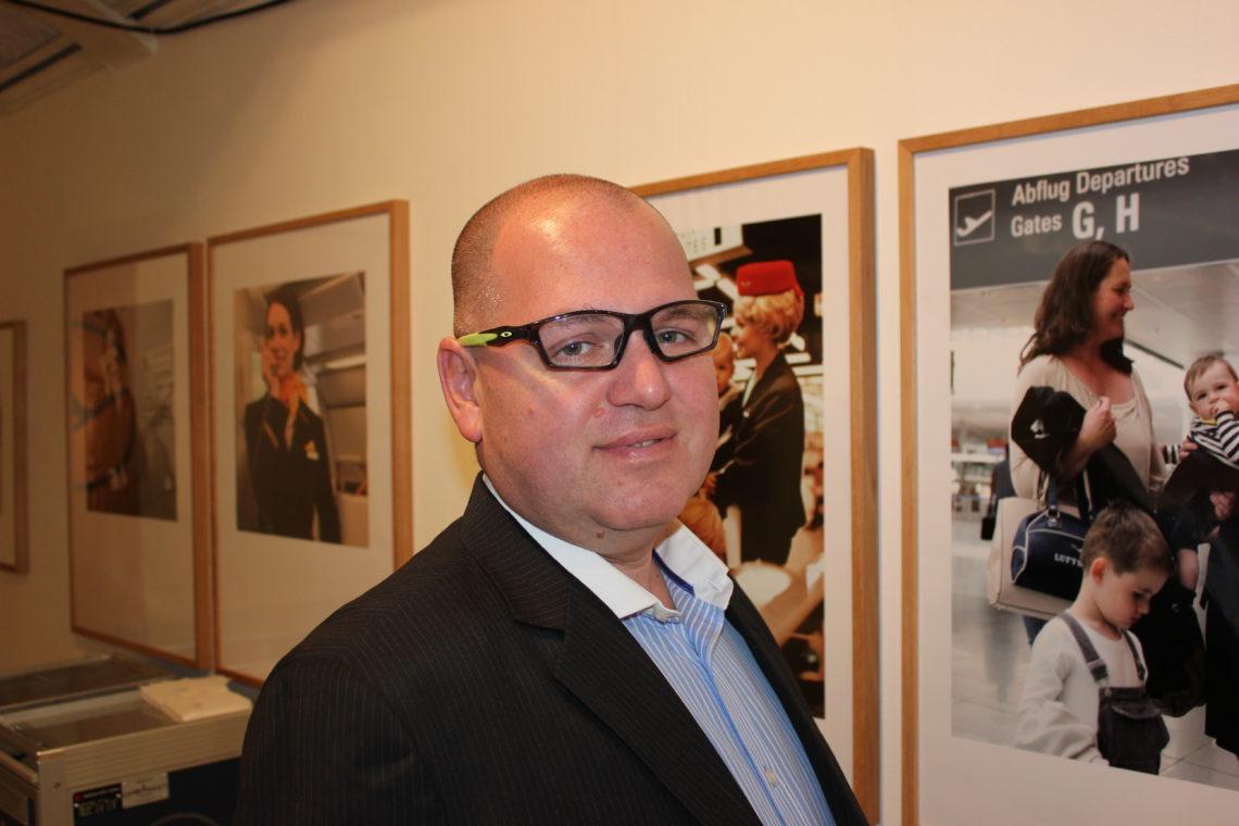 Lufthansas Norgessjef Leo Tonidandel. feirer selskapets 50-års-jubileum etter at Lufthansa og forløperne har vært 90 år i Norge.