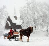 Velkommen til en magisk jul i Lillehammer og Gudbrandsdalen, sier Ove Gjesdal i Visit Lillehammer som ble utfordret av Visit Akershus i vår serie landet rundt. Melllom 14.00 og15.00 i dag kunne du dessuten høre ham på¨www.Radioriksoslo.no – eller i Oslo-området lytte på FM 101,1