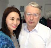 Bjørn Fjellstad og fru Lina har feiret kinesisk nyttår og vært førstereis med sin niårige sønn og Zhuzhu i skianlegget Xi Long Ski Resort i utkanten av Beijing -vinter-OL-byen i 2022.