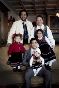 FAMILIELYKKE:Heidi med Sonny og alle barna.