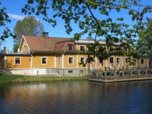 ROMANTISK:Dufweholm herregård har morsomme museum å vise fram.