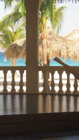 Vakkker utsikt - og med yoga-øvelser innendørs.
